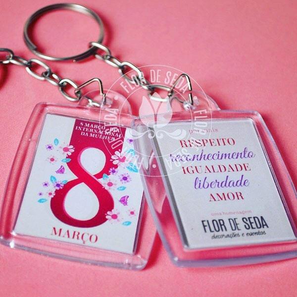 Ideias de lembrancinhas para o Dia da Mulher com chaveiros